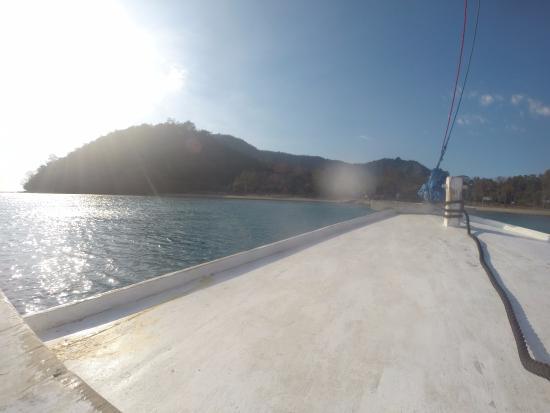 Nusa Tenggara Barat, Indonesia: Pulau Satonde Dari Atas Kapal