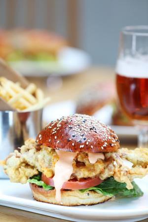 Loch Fyne - Egham: Soft Shell Crab Burger
