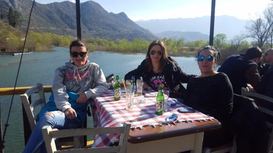 Restaurant Silistria: Silistria boat
