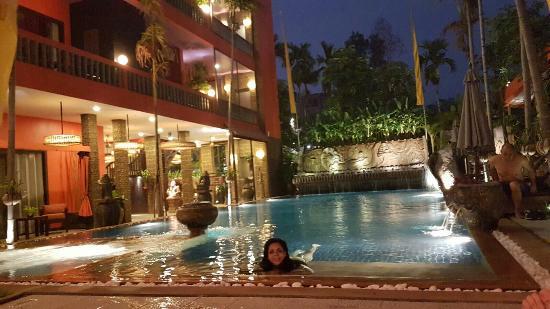 Golden Temple Hotel: IMG-20160425-WA0030_large.jpg