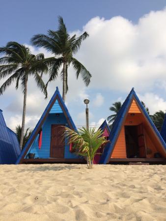 New Hut Bungalows Photo