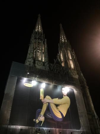 Votivkirche (Votive Church): Advertisement in front of church