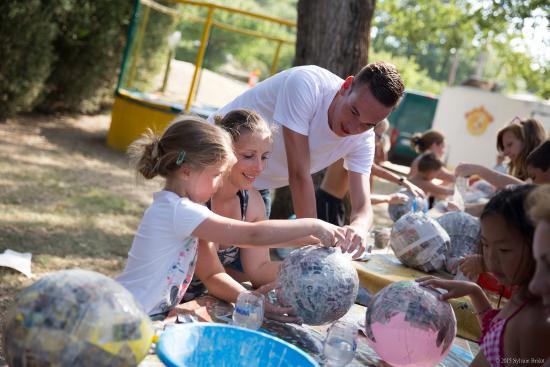 Camping Domaine La Garenne: Activités en famille