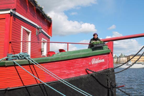 Den Röda Båten Mälaren: The Red Boat