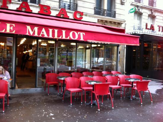 Le maillot paris restaurant reviews phone number - Restaurant le congres paris porte maillot ...