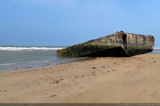 Arromanches-les-Bains, France: getlstd_property_photo