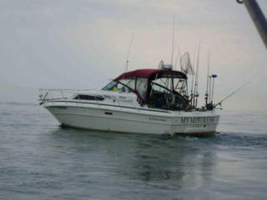 Saint Joseph, มิชิแกน: Mymistress is a 30ft Searay with full services