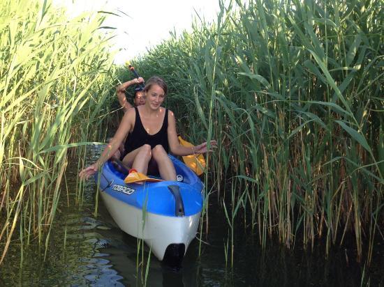 Balatonfoldvar, Ουγγαρία: Evezős túra a Szántódi-öbölbe