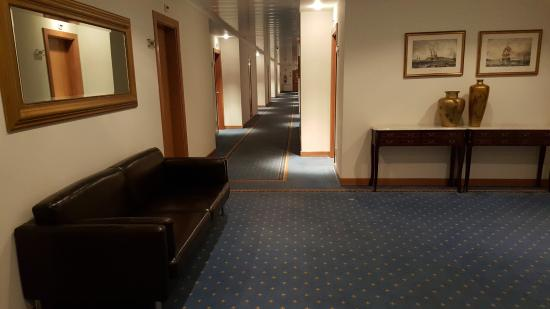 Cinquentenario Hotel: Arredo a un piano delle camere