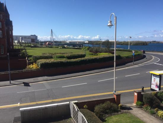 Waterford Hotel: View from Room 2 and dining room