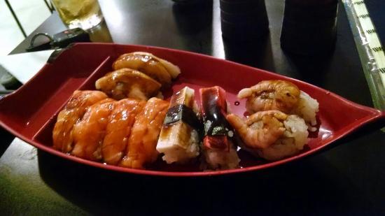 Joy Temakeria e Sushi Bar