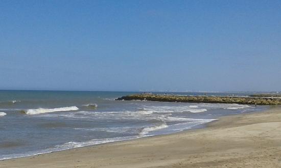 Santa Clara del Mar, الأرجنتين: Bien Amplia