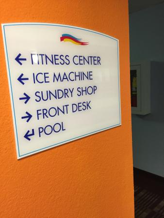 Baymont Inn & Suites Montgomery South : Fitness Center is small but there is a pool.
