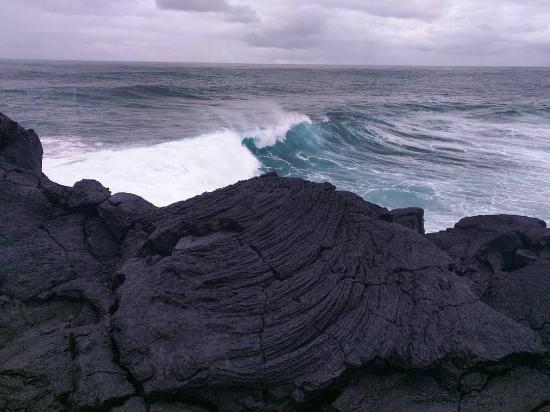 Upolu, Samoa: Section of the lava field and the ocean