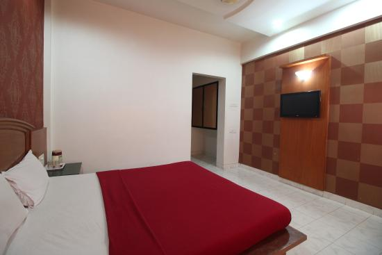 Saish Hotel : Double Room
