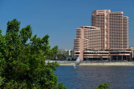 فندق انتركونتننتال القاهرة: The Semiramis InterContinental Cairo enjoys panoramic views of the Nile
