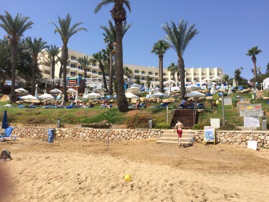 Golden Coast Beach Hotel Photo