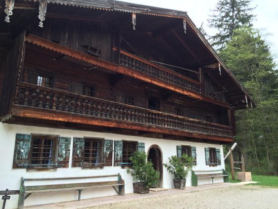 Grossgmain, Austria: einer der Häuser