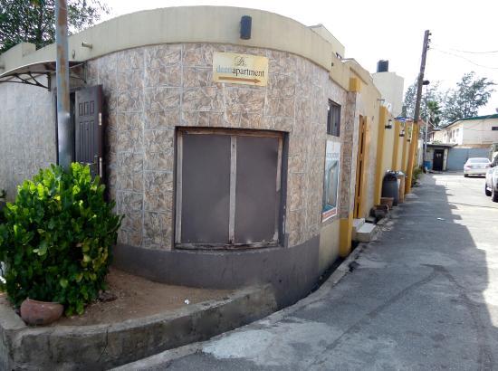 Deen Apartment