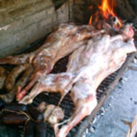 Valle Hermoso, Argentina: Cordero  y chivo