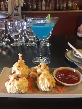 Blue Water Sushi: photo0.jpg