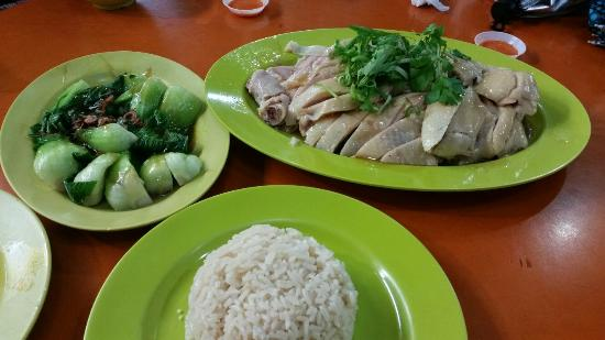 Best Hainan Chicken Rice Picture Of Maxwell Food Centre Singapore