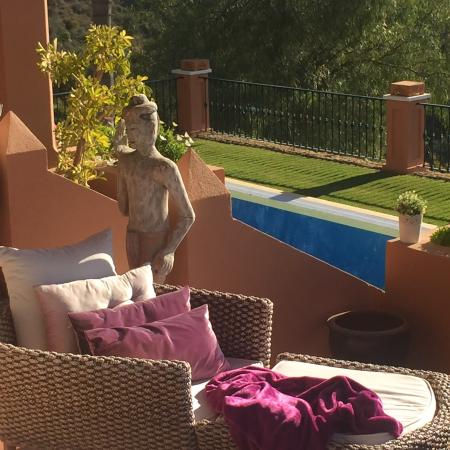 The Marbella Heights Boutique Hotel: inviting sofa