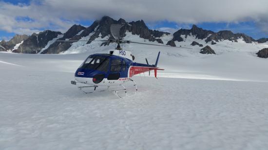 Glacier Helicopters: landed on the Glacier !