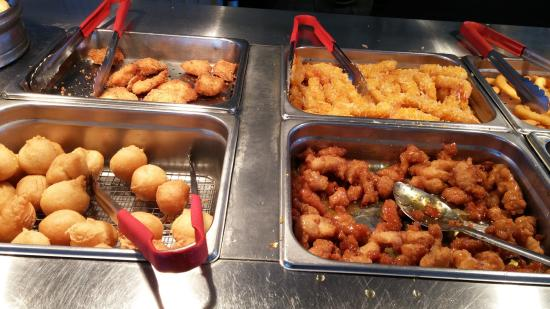 Bowmanville, Канада: A-One Delights Buffet - canadian/asian/chinese buffet.