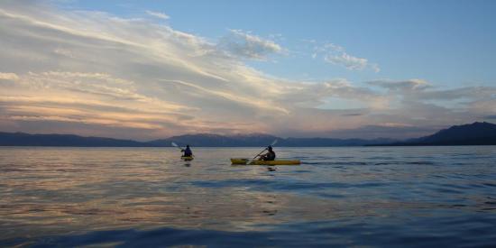 Franciscan Lakeside Lodge: Kayaking on the lake