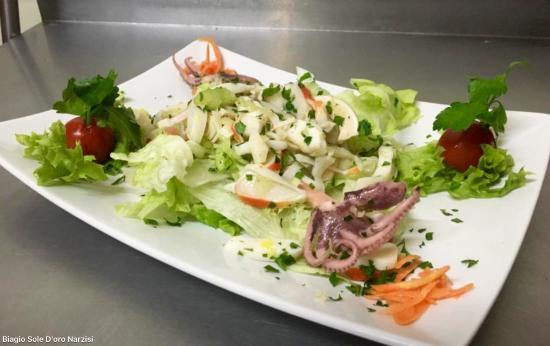 Pfungstadt, Jerman: Fisch Salat