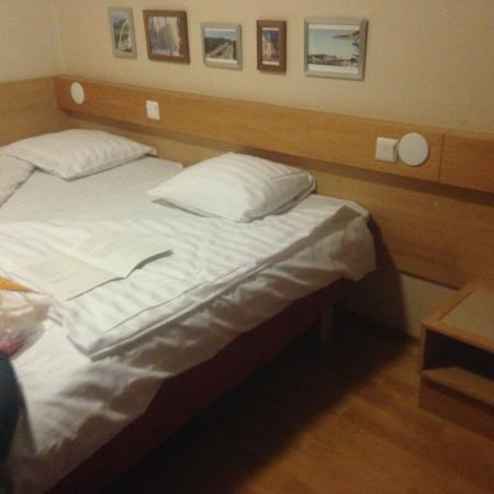 Vantaa, Finland: Twin beds. Don't freak out, this is normal.