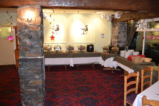 Rhydlydan, UK: Preparing for a party in the restaurant