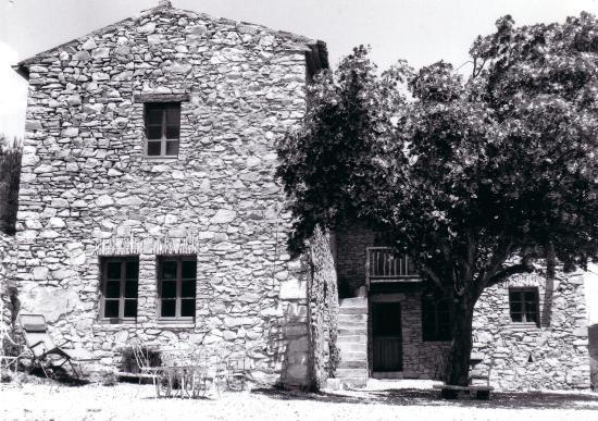 Entrechaux, Francia: la Manescale aprés restauration en 1969