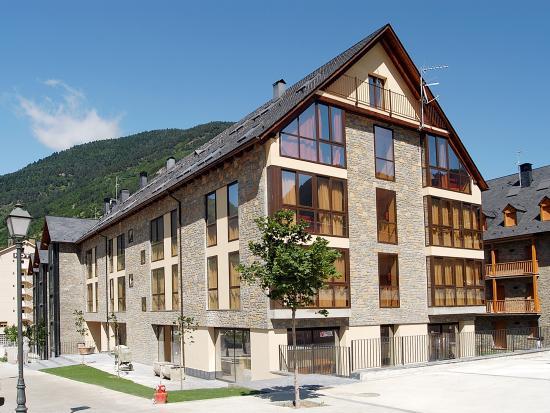 Photo of Aparthotel Nou Vielha