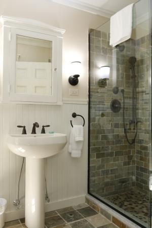 Wilmington, VT: Bathroom