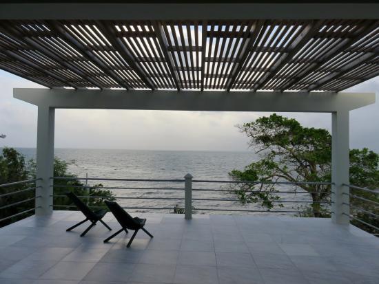 Πούντα Γκόρντα, Μπελίζ: Sea Glass Upper Spacious Veranda Over Looking the Caribbean Sea