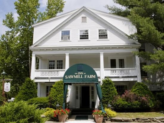 Inn at Sawmill Farm: Main Entrance