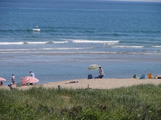 Clapp's Guest House: National Seashore Beach