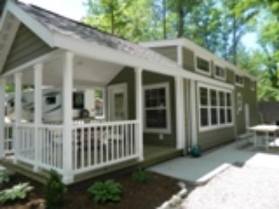 Timber Ridge RV & Recreation Resort: Rental Parkhome