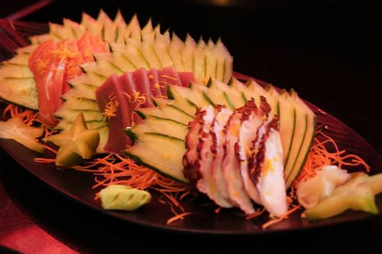 Koniko: sashimis variados