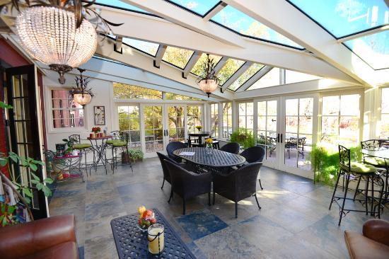 Chamberlin Inn: Conservatory