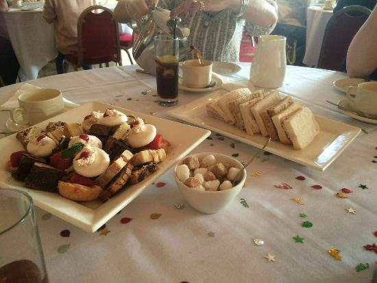 Abergele, UK: Cream tea 23.04.16