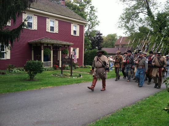 Zoar School Inn Bed and Breakfast: Zoar Civil War