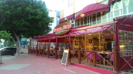 Mamma Roma Ailenizin Restorani