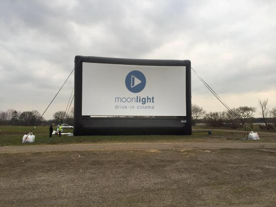 Paddock Wood, UK: Screen is up and ready :)