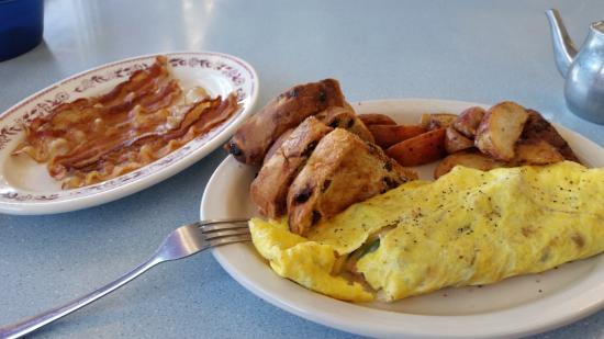 Wakefield, Νιού Χάμσαϊρ: Western omelettel with home fries & bacon