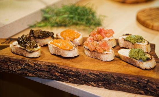 La Toscana di Carlotta: Our special crostini a la Florence!
