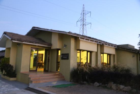 Asiatic Lion Lodge Photo