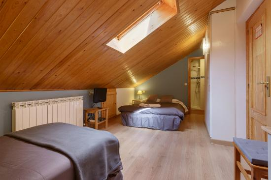 Hotel-Apartamentos de Montana Uson: Habitacion triple